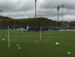 schalke_dortmund_training_fans