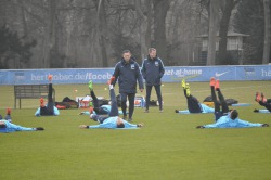 hertha_training_stretching
