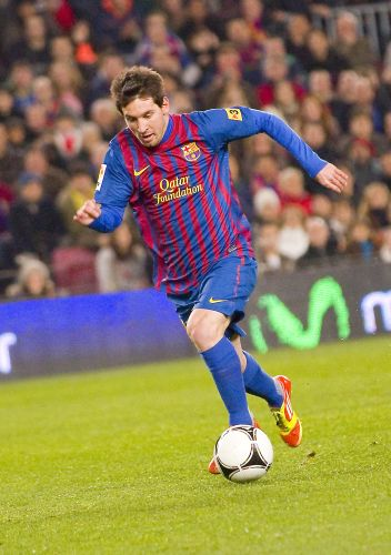 Sprint mit Ball Messi