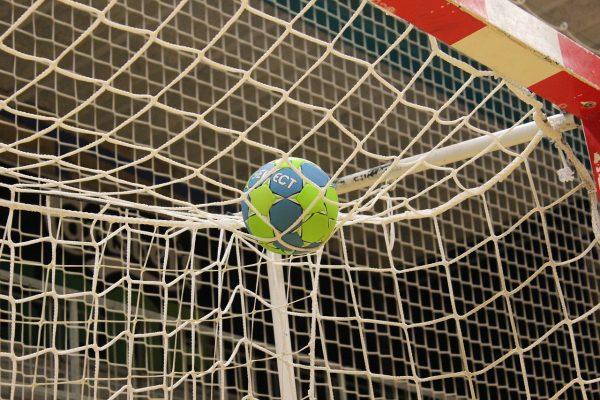 Handball vs. fußball