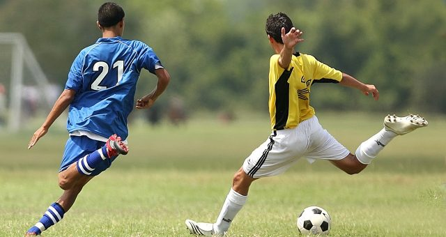 Wahnsinns Bogenlampen im Fußball
