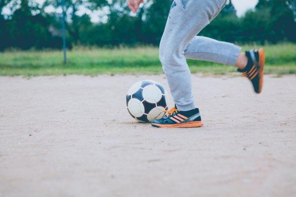 beigfüßigkeit im fußball