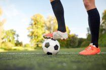 7 Tipss, wie du richtig mit einem Bänderriss im Sprunggelenk geht